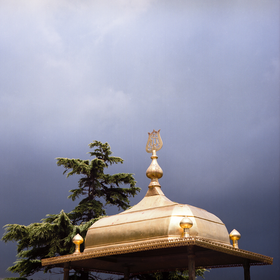 Approaching storm (Topkapi palace, Istanbul, Turkey) Pentacon Six TL, Carl Zeiss Jena Biometar 80mm f/2.8, Fujicolor Pro 160NC, Canoscan 9900F